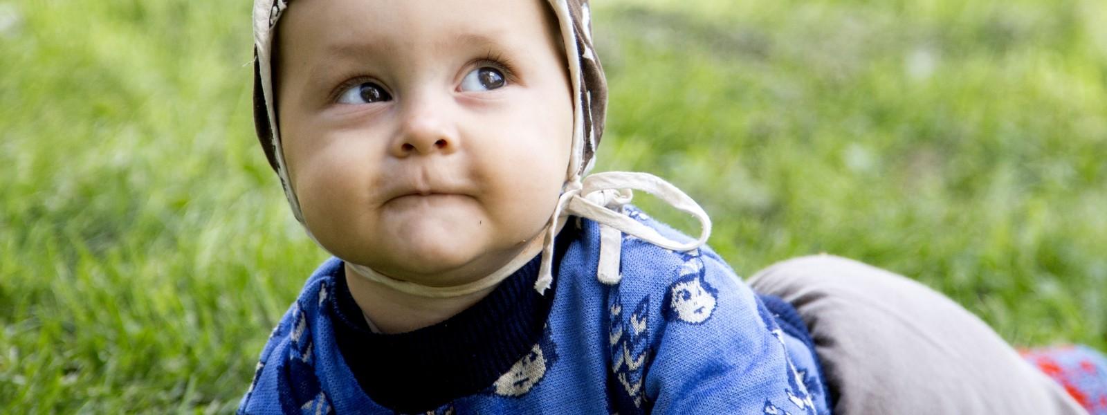 vauvan motorinen kehitys kuukausittain